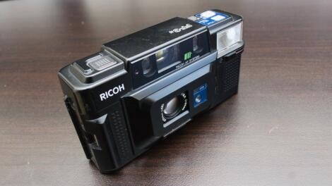 With all the glory from the 80's: The Ricoh FF-3AF